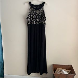 Black and  Gold sleeveless plus size gown size3X